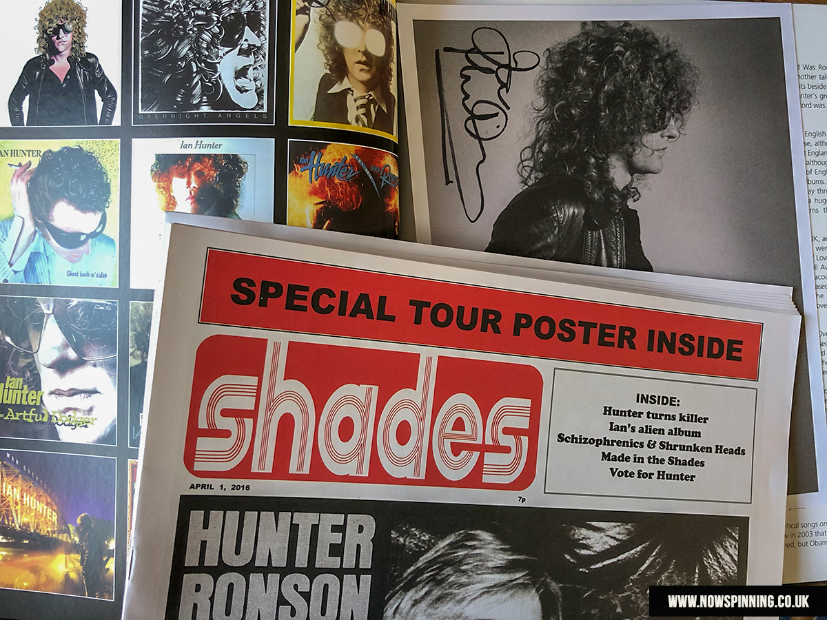 unboxing ian hunter stranded in reality box set